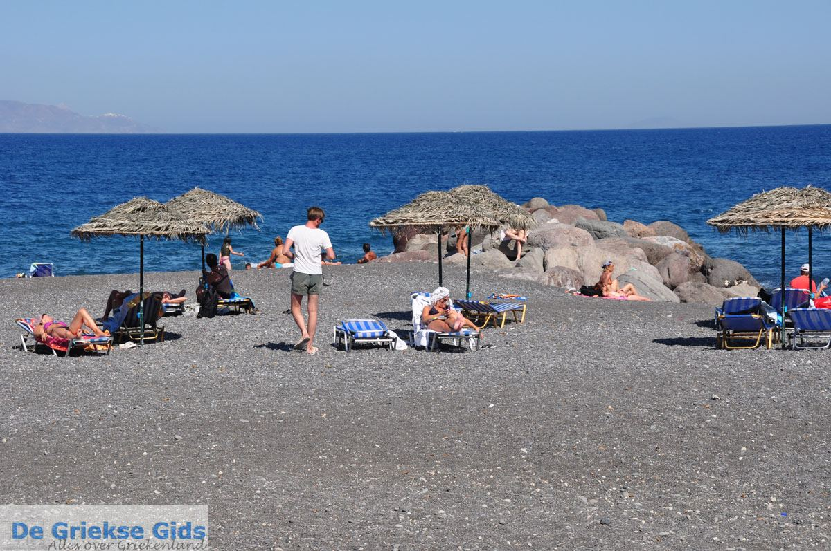 foto Kamari Santorini   Cycladen Griekenland   De Griekse Gids foto 8