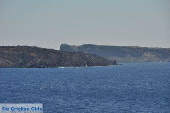 De vulkaan van Santorini Nea Kameni   Cycladen Griekenland foto 2 - Foto van https://www.grieksegids.nl/fotos/eilandsantorini/mid/santorini-grieksegids-235.jpg