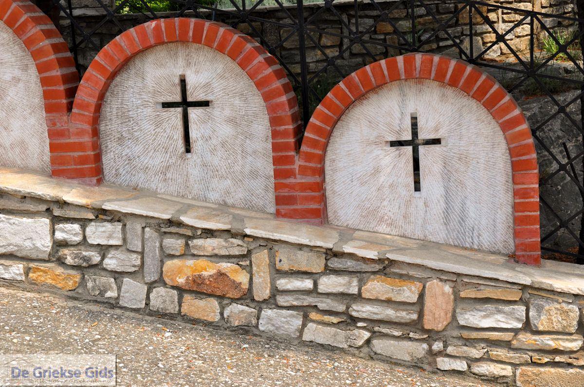 foto Vanaf Alyki naar het klooster Archangelou | Thassos | Foto 4