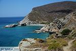 Aghios Nikolaos beach bij Angali Folegandros -  Cycladen - Foto 169 - Foto van De Griekse Gids