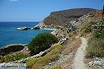 Aghios Nikolaos beach bij Angali Folegandros -  Cycladen - Foto 170 - Foto van De Griekse Gids