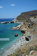 Aghios Nikolaos beach bij Angali Folegandros -  Cycladen - Foto 172 - Foto van De Griekse Gids
