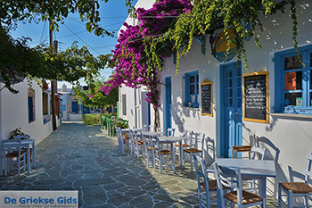 Chora Folegandros - Eiland Folegandros - Cycladen - Foto 24 - Foto van https://www.grieksegids.nl/fotos/folegandros/350/eiland-folegandros-024.jpg