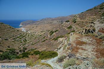Wandelen naar Angali Folegandros - Eiland Folegandros - Cycladen - Foto 120 - Foto van https://www.grieksegids.nl/fotos/folegandros/350/eiland-folegandros-120.jpg