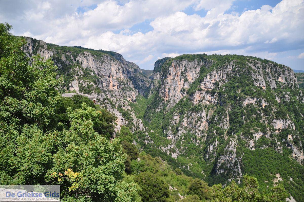 foto Vikos kloof vanaf Agia Paraskevi bij Monodendri - Zagori Epirus