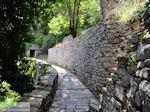 Stenen paadje Agia Paraskevi Monodendri - Zagori Epirus - Foto van De Griekse Gids