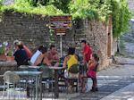 Bestelling opnemen bij Kikitsa Monodendri - Zagori Epirus - Foto van De Griekse Gids