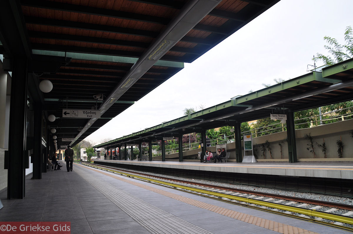 foto De metrostation van het Theseion - Athene