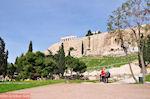 GriechenlandWeb.de Ingang Dionysos theater ten zuidoosten van de Akropolis - Foto GriechenlandWeb.de