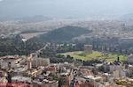 Zo ziet de tempel van Zeus Olympius vanaf de Akropolis uit - Foto van De Griekse Gids
