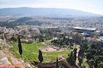 Het oude theater van Dionysos - Rechts ziet u het Akropolis museum - Foto van De Griekse Gids