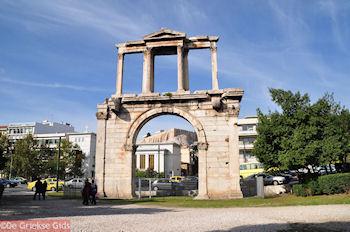 Doorkijkje Adrianus Poort Athene Attica (Atheense Riviera) - Foto von GriechenlandWeb.de