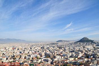 Panoramafoto Athene met rechts de Likavitos-heuvel - Foto von GriechenlandWeb.de