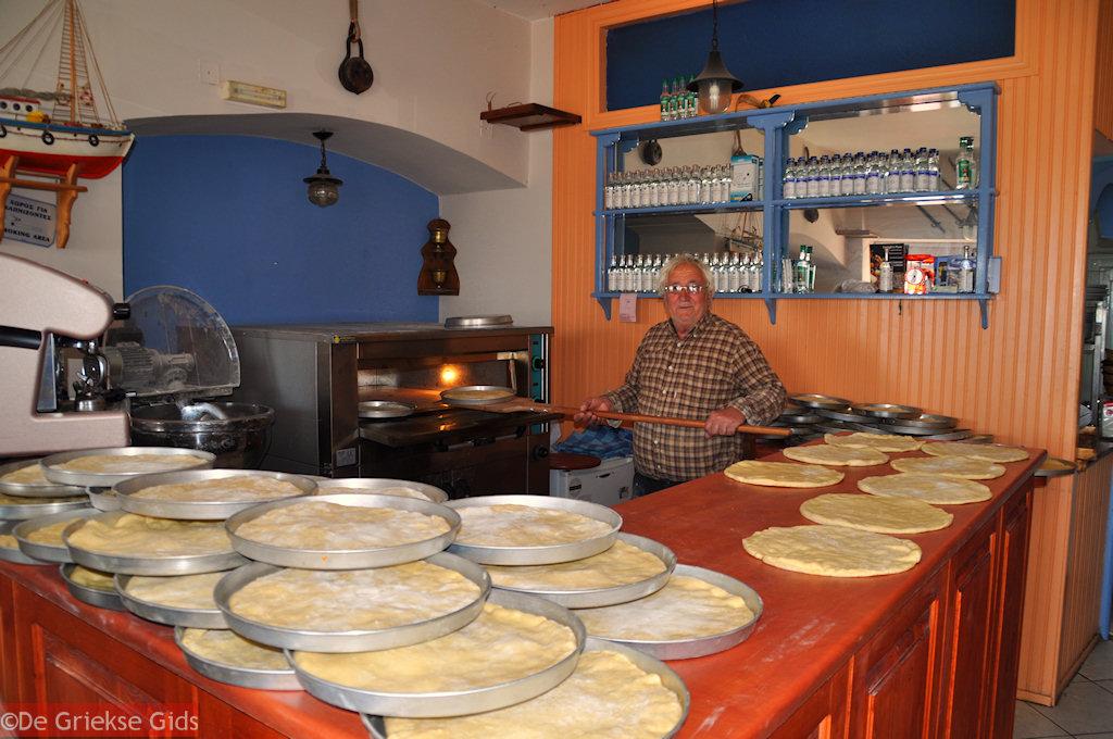 foto Traditionele chilopites in Limni Evia