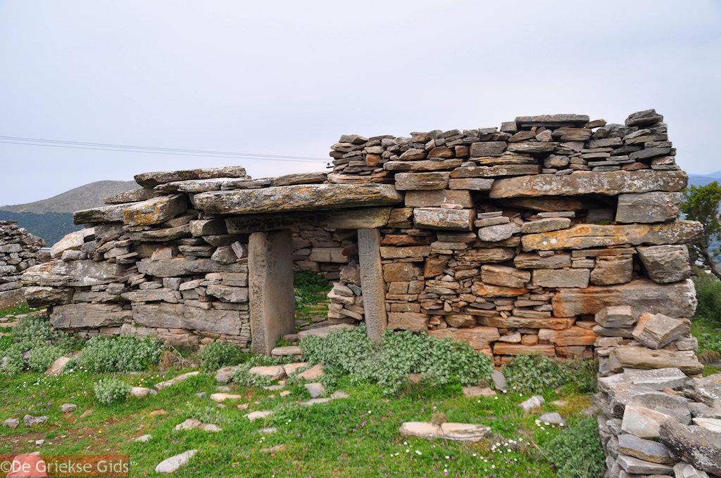 foto Drakenhuis Zuid Evia. Nabij Marmari Evia en Karystos.