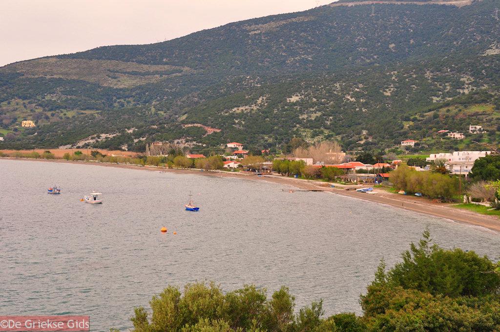 foto Kokkini strand bij Marmari Evia