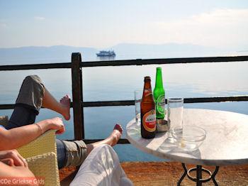 Een Amstel en een Heineken op terras in Aedipsos (Edipsos) - Foto van https://www.grieksegids.nl/fotos/grieksegidsinfo-fotos/albums/userpics/10001/normal_amstel-heineken-aedipsos-evia.jpg