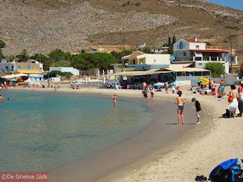 Het heerlijke zandstrand van Pserimos - Foto van https://www.grieksegids.nl/fotos/grieksegidsinfo-fotos/albums/userpics/10001/normal_pserimos-zandstrand.jpg