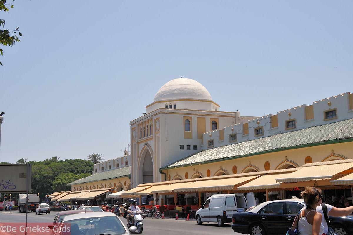 foto Winkels en cafetaria's aan de nieuwe markt - Rhodos stad