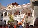 GriechenlandWeb Monnik Panormtis klooster - Insel Symi - Foto GriechenlandWeb.de