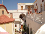 Zicht auf binnenplaats Michail Panormitis klooster - Insel Symi - Foto GriechenlandWeb.de
