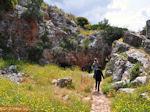 Het paadje naar de grot van Melidoni - Foto van De Griekse Gids