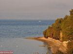 Kiezelstrandje in Eretria | Evia Griekenland | De Griekse Gids - Foto van De Griekse Gids