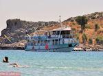 Boot in baai van Lindos - Foto GriechenlandWeb.de