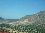 Het plateau met in de verte de vulkaan van Nisyros - Foto van De Griekse Gids