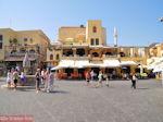 Het beroemde Ippokratous plein van Rhodos stad - Foto van De Griekse Gids
