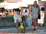 Oudere mijnheer en mevrouw - Rhodos stad - Foto van De Griekse Gids