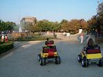 GriechenlandWeb.de Kinderjeeps auf de Esplanade van Korfu Stadt - Foto GriechenlandWeb.de