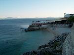 Strandje naast taverna in Nissaki (Nisaki) - Corfu - Foto van De Griekse Gids
