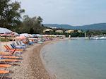 Het strand van Gouvia