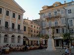 Pleintje in hart Corfu stad - Foto van De Griekse Gids