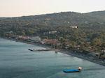 Het Ypsos strand gezien van boven op de berg bij Barbati - Foto van De Griekse Gids