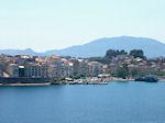 Corfu stad vanaf de zee - Foto van De Griekse Gids