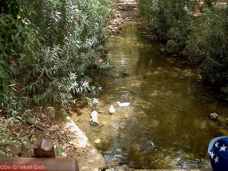 foto Klein riviertje in Fodele dorp