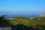 GriechenlandWeb.de Gebirge oost Ikaria | Links Samos und rechts Fourni - Foto GriechenlandWeb.de