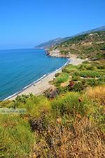 Strand Fles bij Evdilos Ikaria | Griekenland | foto 2 - Foto van De Griekse Gids