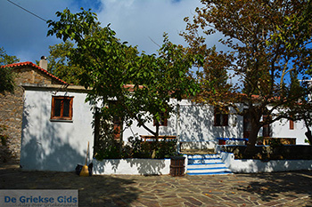 Moni Mounte | Klooster Mounte | Raches Ikaria Foto1  - Foto van De Griekse Gids