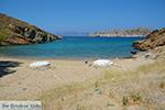 Valmas strand bij Gialos Ios - Eiland Ios - Cycladen foto 218 - Foto van De Griekse Gids