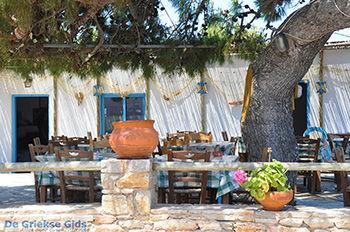 Eiland Iraklia | Cycladen | De Griekse Gids | nr 137 - Foto van De Griekse Gids