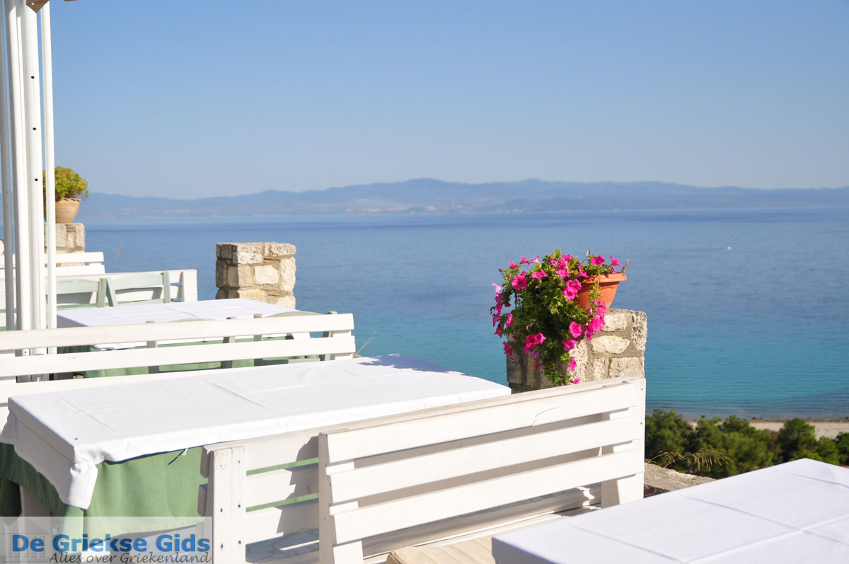 foto Afytos (Athytos) | Kassandra Chalkidiki | De Griekse Gids foto 33