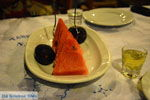 Meloen, vijgen en liqeur bij Taverna I Anna in Otzias | Kea (Tzia) foto 2 - Foto van De Griekse Gids