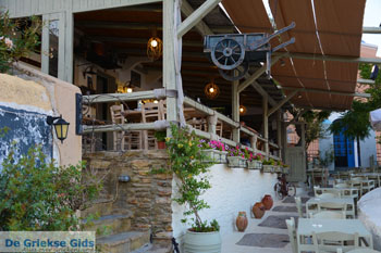 Taverna Steki tou Stroggili in Korissia | Kea (Tzia) | foto 9 - Foto van https://www.grieksegids.nl/fotos/kea-tzia/normaal/kea-tzia-griekenland-500.jpg