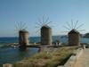 Molens - - Chios Egeische eilanden - - Foto van Dick & Joke