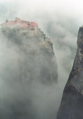 Meteora mist - Foto van