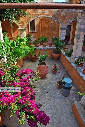 Agia Triada Tzagarolon Kreta - Departement Chania - Foto 15 - Foto van https://www.grieksegids.nl/fotos/kreta/agia-triada-tzagarolon/normaal/agia-triada-tzagarolon-kreta-015.jpg