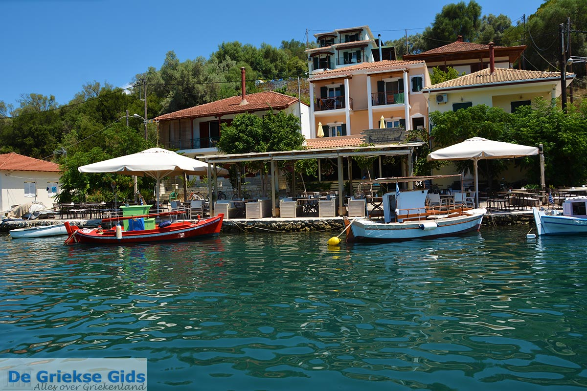 foto Vathy - Meganisi eiland bij Lefkas - Foto 61